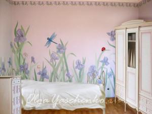 """Фактурная штукатурка """"Ирисы"""", комната после ремонта"""